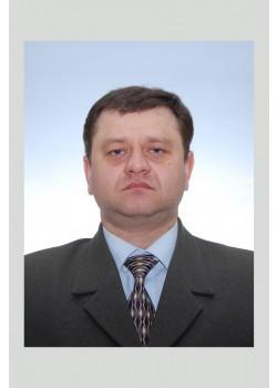 Галасун Юрій Петрович, агрохімік центрального офісу ТОВ  НВФ «УРОЖАЙ» Миронівського хлібопродукту, кандидат сільськогосподарських наук, факультет агрономії закінчив у 2001 році