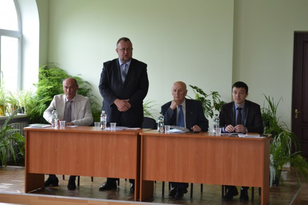 Конференцію відкриває перший проректор Уманського НУС Іван Мостов'як