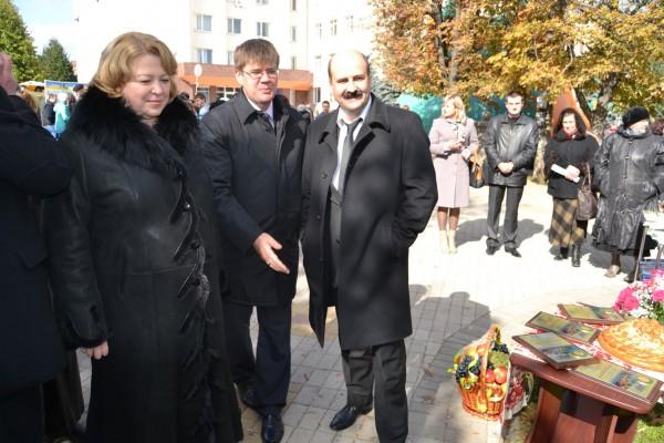 директор Департаменту науково-освітнього забезпечення АПВ та розвитку сільських територій Сергій Кадигроб;